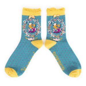 03F43557 AA2E 469A 9220 1F1AB40996BD 300x300 - Powder Bamboo Alphabet Initial socks S