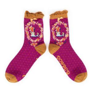 888933C0 B7DC 492C BEF2 C2A8674A21E1 300x300 - Powder Bamboo Alphabet Initial socks L