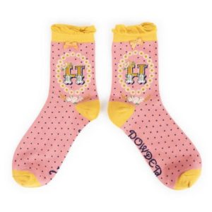 C553DB50 8166 459E A23B 66882E383106 300x300 - Powder Bamboo Alphabet Initial socks H