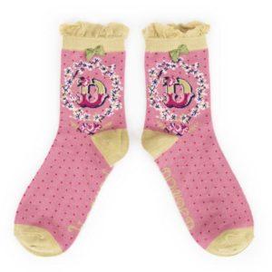 FD0F7827 BA6B 4E4A 8DA6 4A142EC0631F 300x300 - Powder Bamboo Alphabet Initial socks D