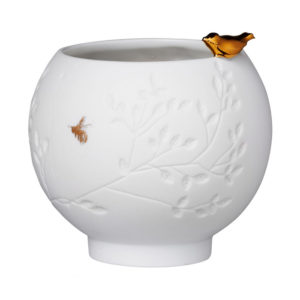 rader gold bird white tea light holder 300x300 - Gold Bird White Porcelain Bowl Tea Light Holder by Rader